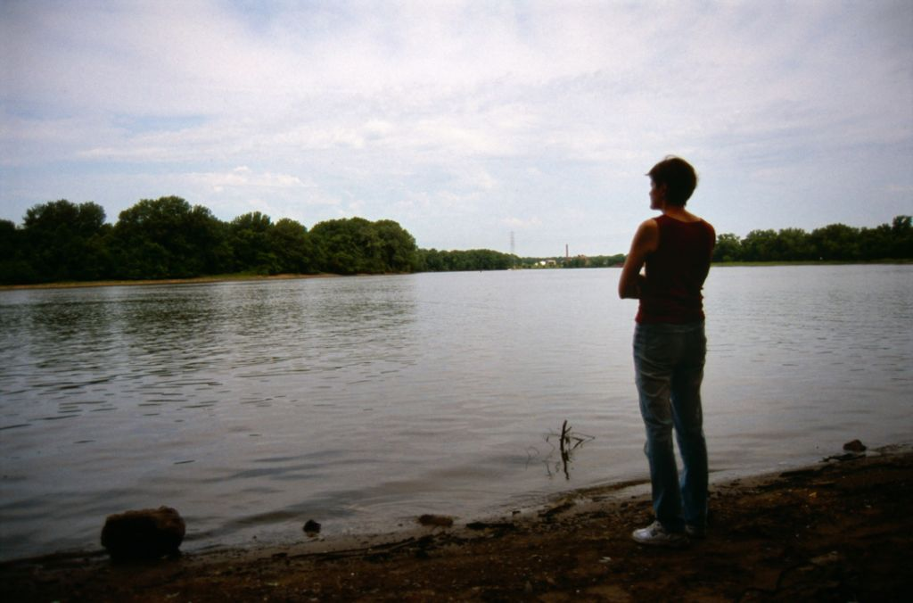 Sandra Steingraber at the Illinois River